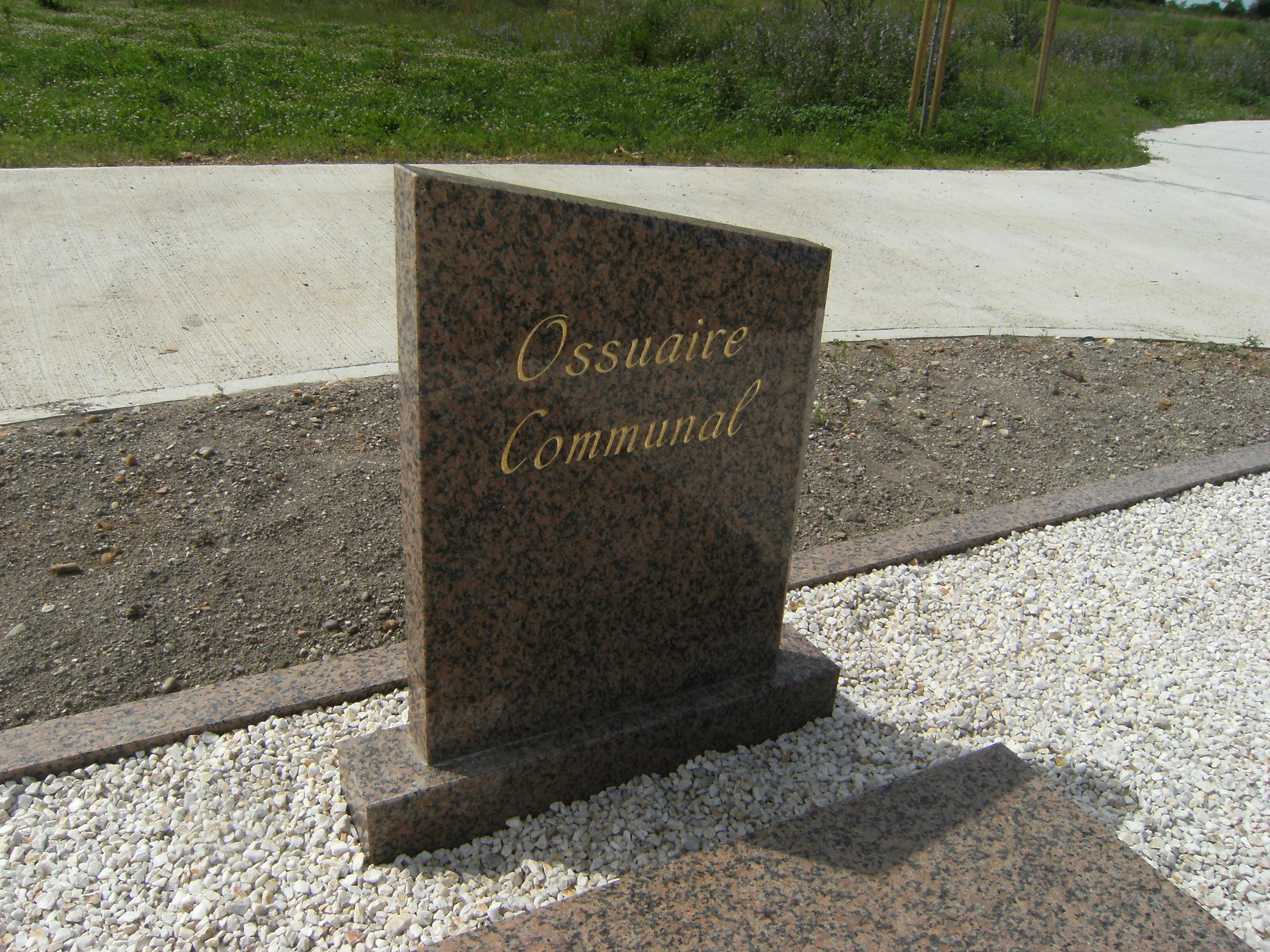 Réalisation d'un ossuaire communal
